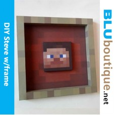 Minecraft Steve in frame DIY Papercraft